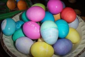 easter-eggs-1453067-639x426