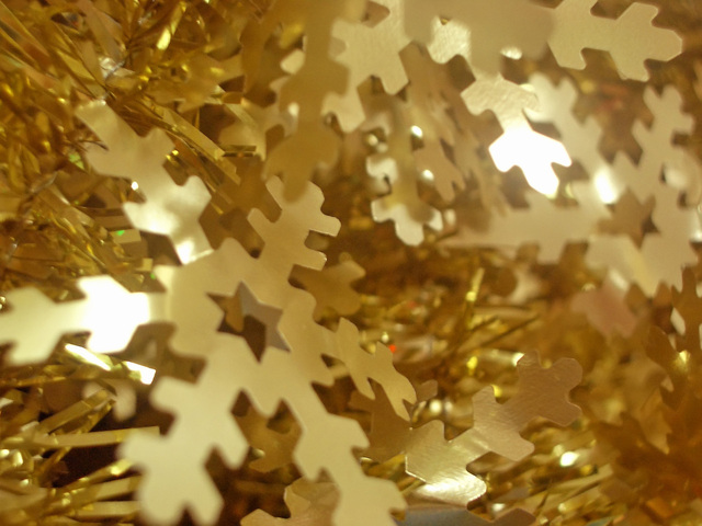 xmas-ornament-1421968-640x480